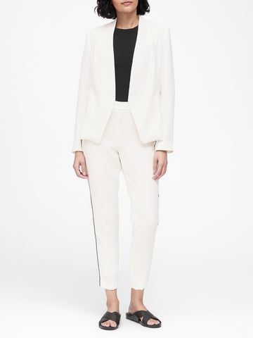 Collarless Blazer in Gypsum White