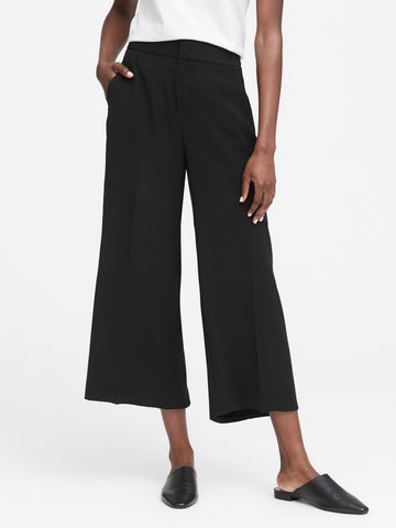 High-Rise Wide-Leg Cropped Pant in Black