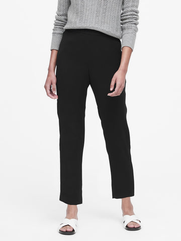 Hayden Tapered-Fit Ankle Pant in Black