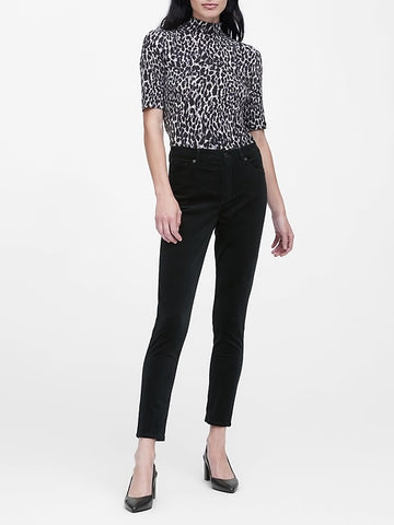 Soft Stretch Modal Mock-Neck T-Shirt in Leopard Print