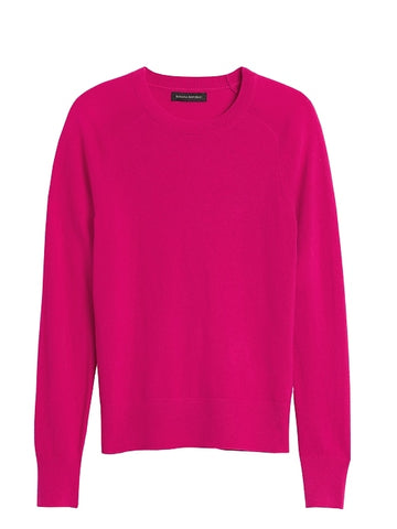Italian Merino-Blend Crew-Neck Sweater in Fuchsia Purple