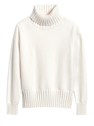 Chunky Turtleneck Sweater in Ivory White