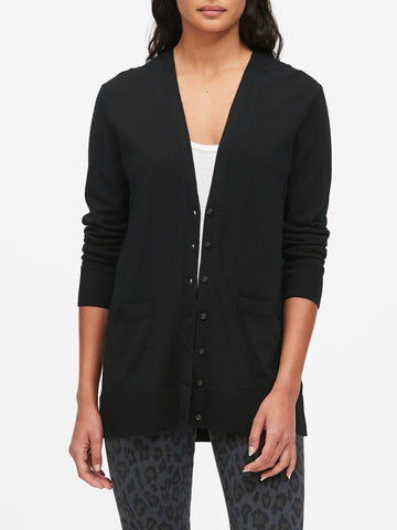 Merino Boyfriend Cardigan Sweater in Black