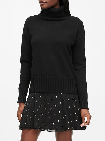 Chunky Turtleneck Sweater in Black