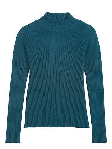 Ribbed Turtleneck Sweater Top in Glen Green