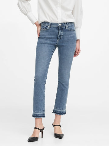 Mid-Rise Crop Flare Jean in Medium Wash
