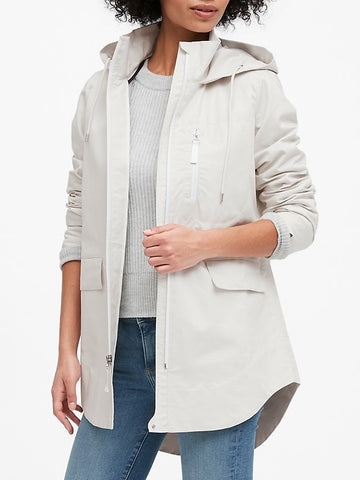 Water-Resistant Linen-Cotton Rain Jacket in Sand Beige