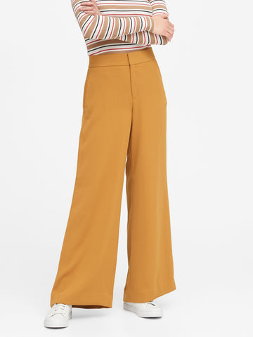 High-Rise Wide-Leg Pant in Golden Wreath