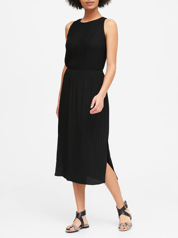 Plisse Midi Skirt in Black