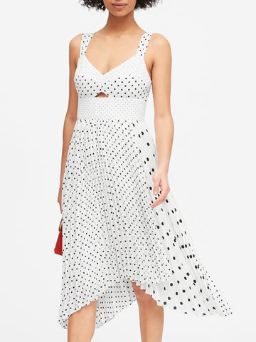 Print Sweetheart Pleated Midi Dress in Black Dot
