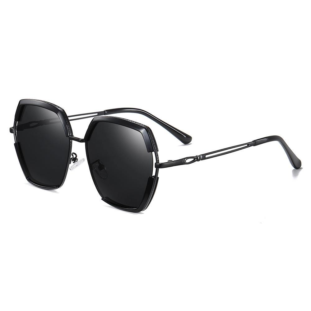 black-square-sunglasses