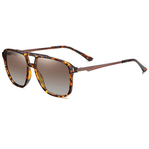 men square sunglasses with tea gradient lens and tortoise frame and temple tips,double bridge