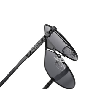 black temple arms of reader sunglasses