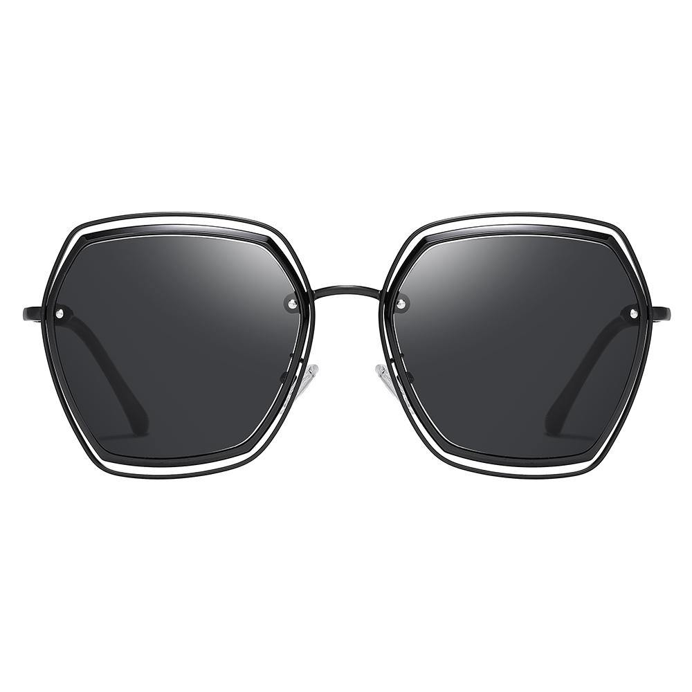 Full black sunglasses in big square shape