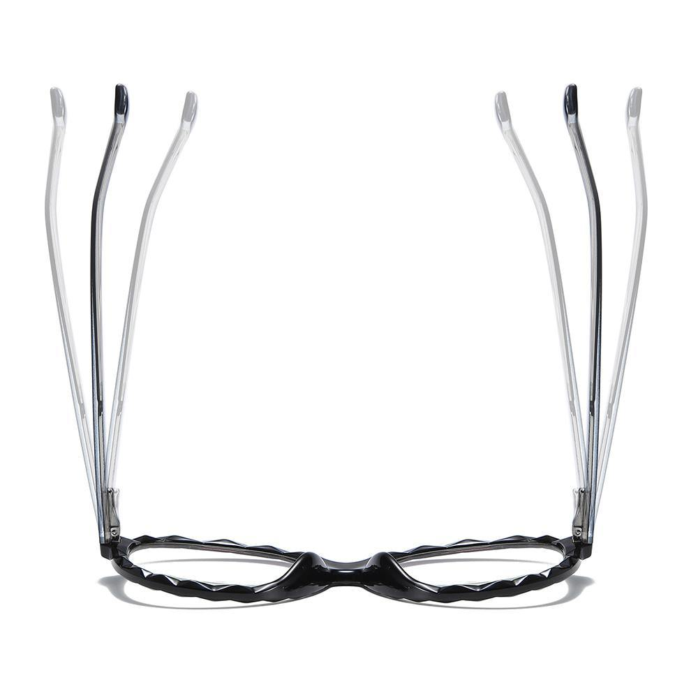 round vintage eyeglasses made of super strechable materials