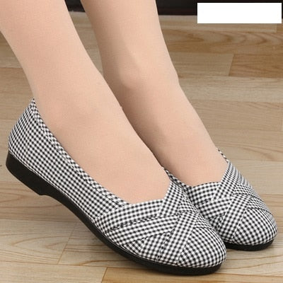 Marlisasa Women Fashion High Quality Light Weight Plus Size Flat Shoes Lady Casual Grey Comfortable Shoes Breathable Shoes F2038