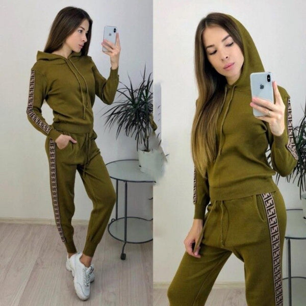 Tracksuit Women Hat Fall Lounge Wear Two Piece Set Sweatpants Streetwear Chandal Mujer Jogging 2pac Fashion Conjunto Feminino