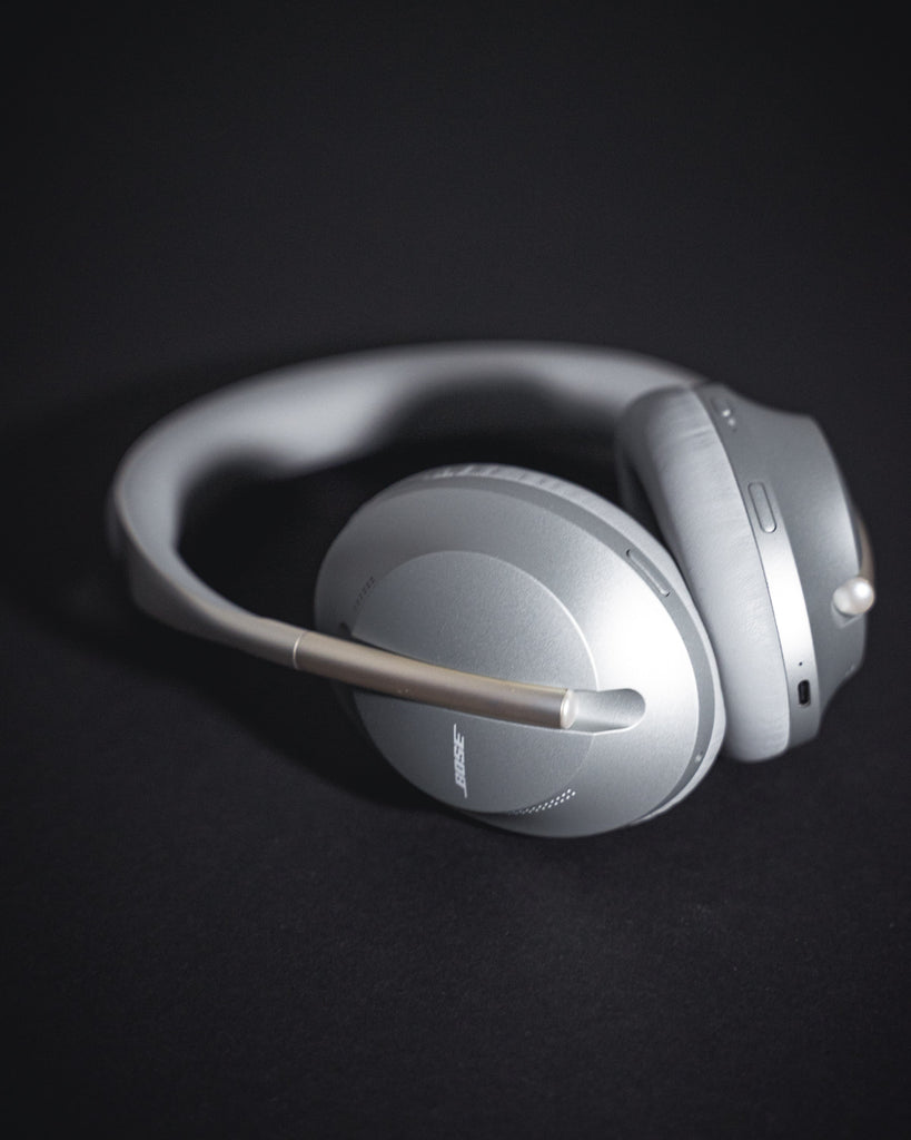 Bose 700 Noise Cancelling silber
