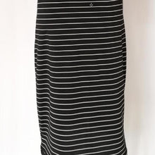 Load image into Gallery viewer, Round Neck Short-sleeved Striped Dress