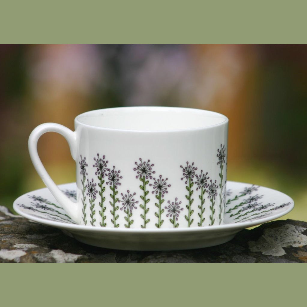 wiggles and florence Alliums cup & saucer