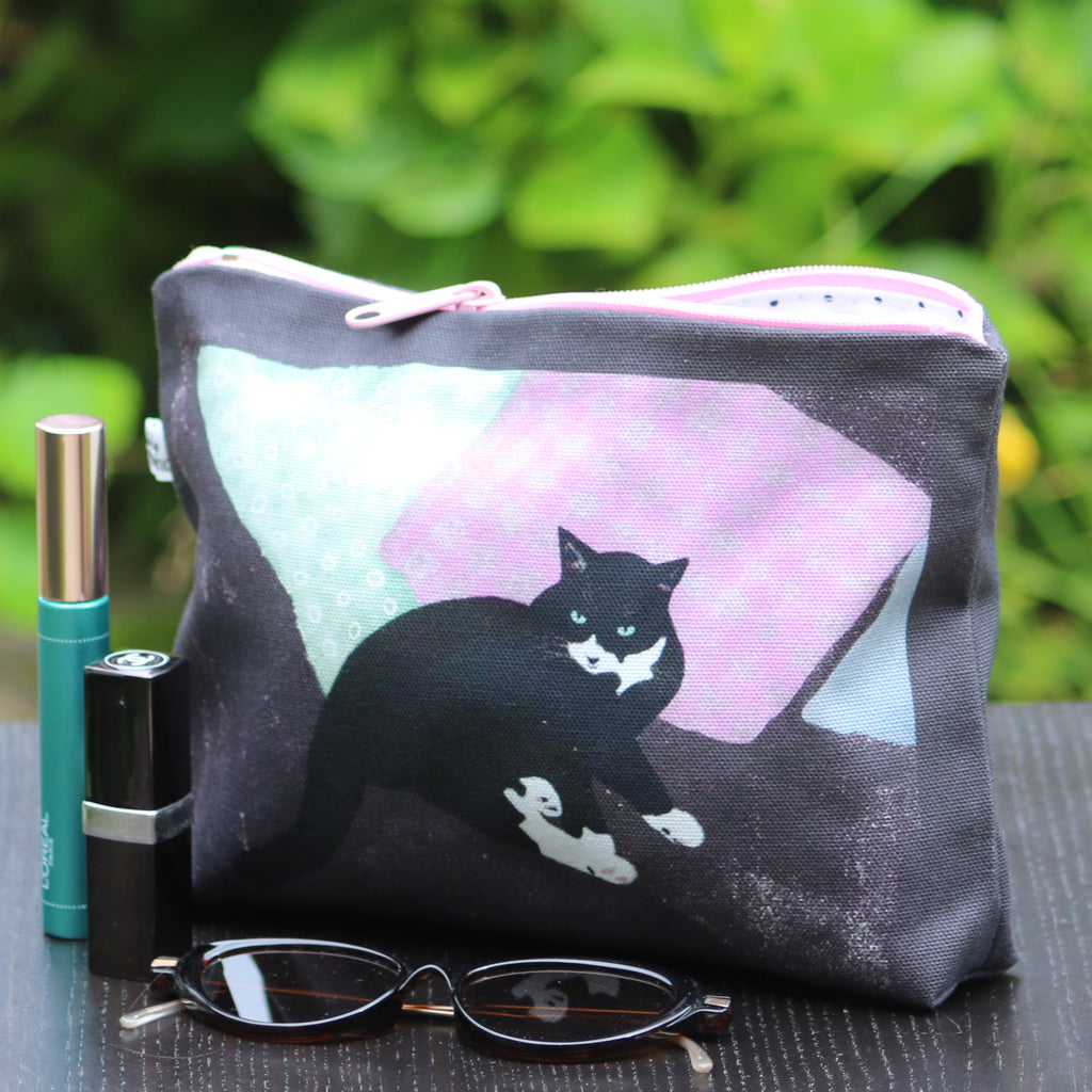 Makeup - Personal Bag: resting cat charcoal/pink