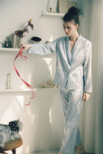 Load image into Gallery viewer, Silk love  print pajama set 2 pieces