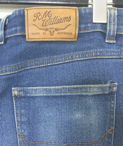 R.M. Williams jeans, sz. 34 - straight leg slim leg - for all seasons