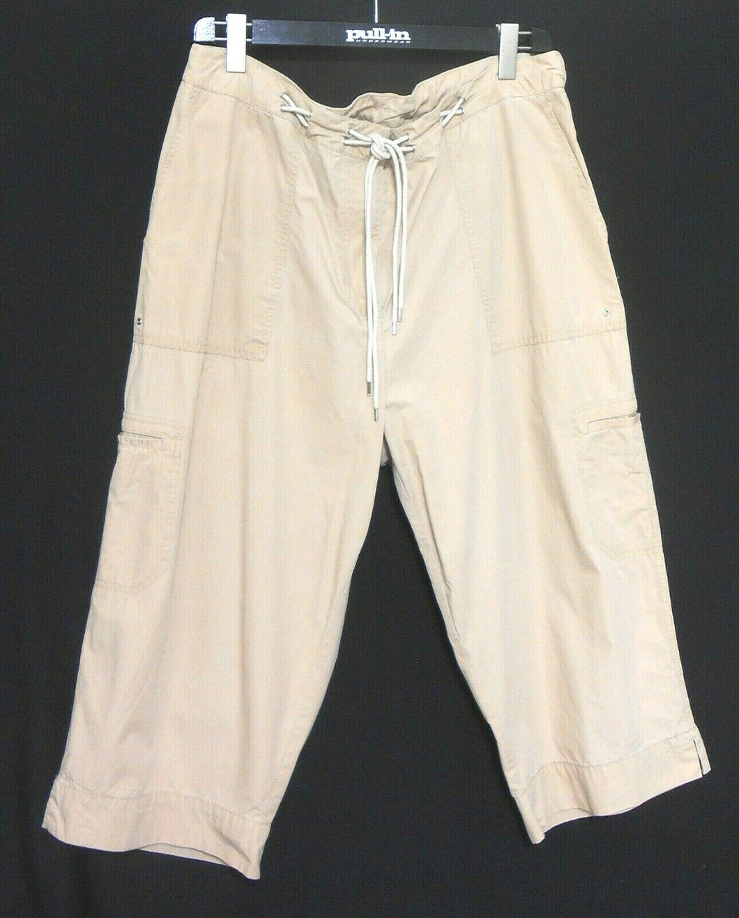 Ralph Lauren sporty beige pants, cargo style, sz. 18-20, near new