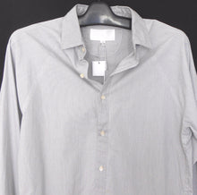 Load image into Gallery viewer, Leon Henry shirt, soft grey, sz. S ****NWT