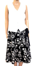 Load image into Gallery viewer, Rivette & Blair spectacular midi skirt, pleated, sz. 10, NWOT, for all seasons