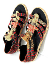 "Load image into Gallery viewer, Espadrille Sandals, ""Far Horizons"" Nepal, sz. 9 rope & canvas NWOB"