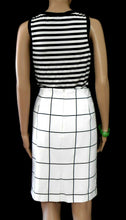 Load image into Gallery viewer, Tokito pencil skirt, white/black check, sz. 14, very chic, near new