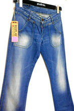 Load image into Gallery viewer, Replay jeans, boot cut stonewashed, sz. 29, **NWT