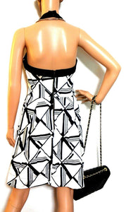 Cue white dress, black geometric pattern sz. 10 - with pockets, v.g. cnd.