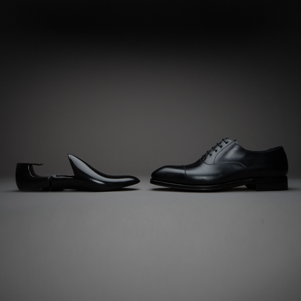 Black Plastic Travel Shoe Trees