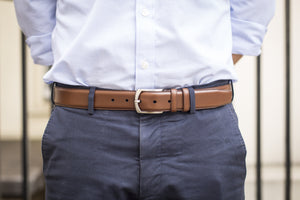 Men Wearing Caramel Colour Calf Leather Belt for Men