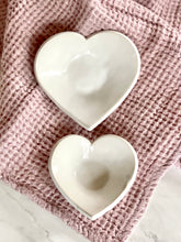 Load image into Gallery viewer, Ceramic Heart Dish