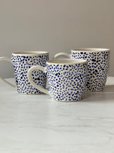 Load image into Gallery viewer, Blue & White Dashes Mugs