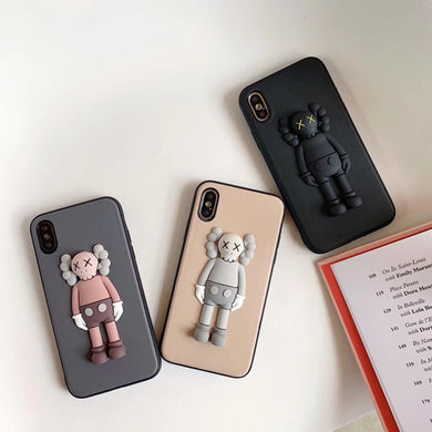 kaws coque iphone xr
