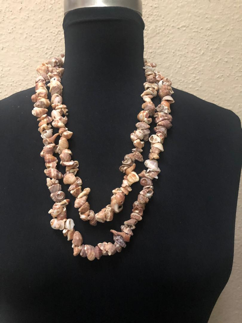 Ethnic Loop Shell Necklace