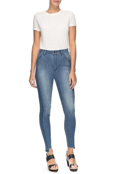 Neuw Marilyn Skinny Jeans - Form Washed