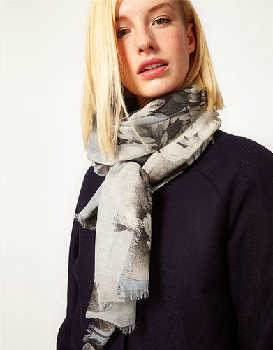 "DS-1003 ""GREEN VALLEY"" - JONATHAN SAUNDERS DIGITAL PRINT CASHMERE MODAL SCARF. MADE IN ITALY"