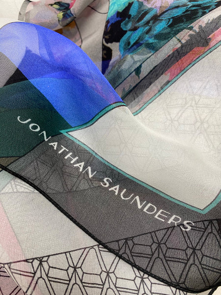 "DS-1020 ""VIENNA"" - JONATHAN SAUNDERS DIGITAL PRINT SILK CHIFFON SCARF. MADE IN ITALY"