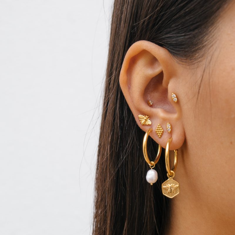 Eline Rosina Bee Hoop Earrings in Gold