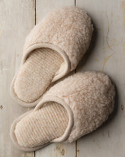 Load image into Gallery viewer, Merino Beige House Slipper