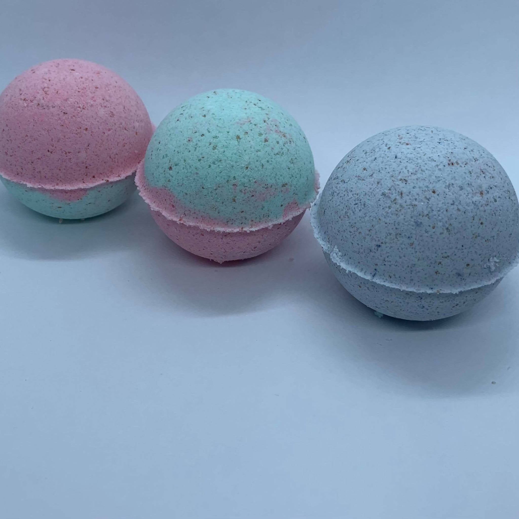 Natural Bath Essentials | Medium Bath Bombs