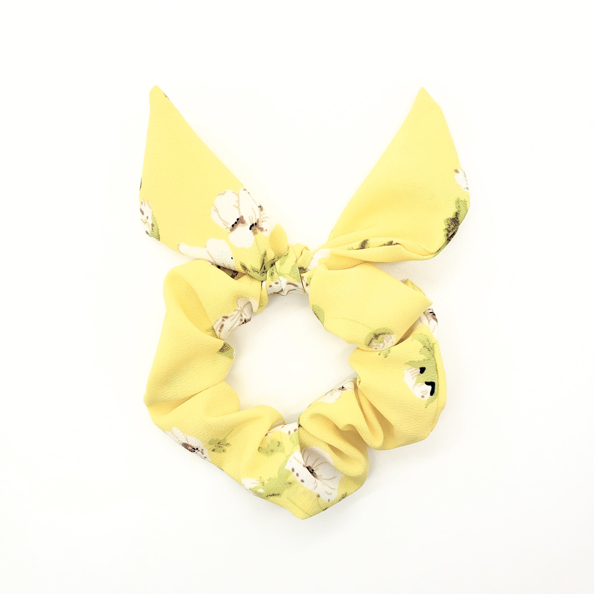 She's Sew Chic | Short Scrunchie Hair Scarf