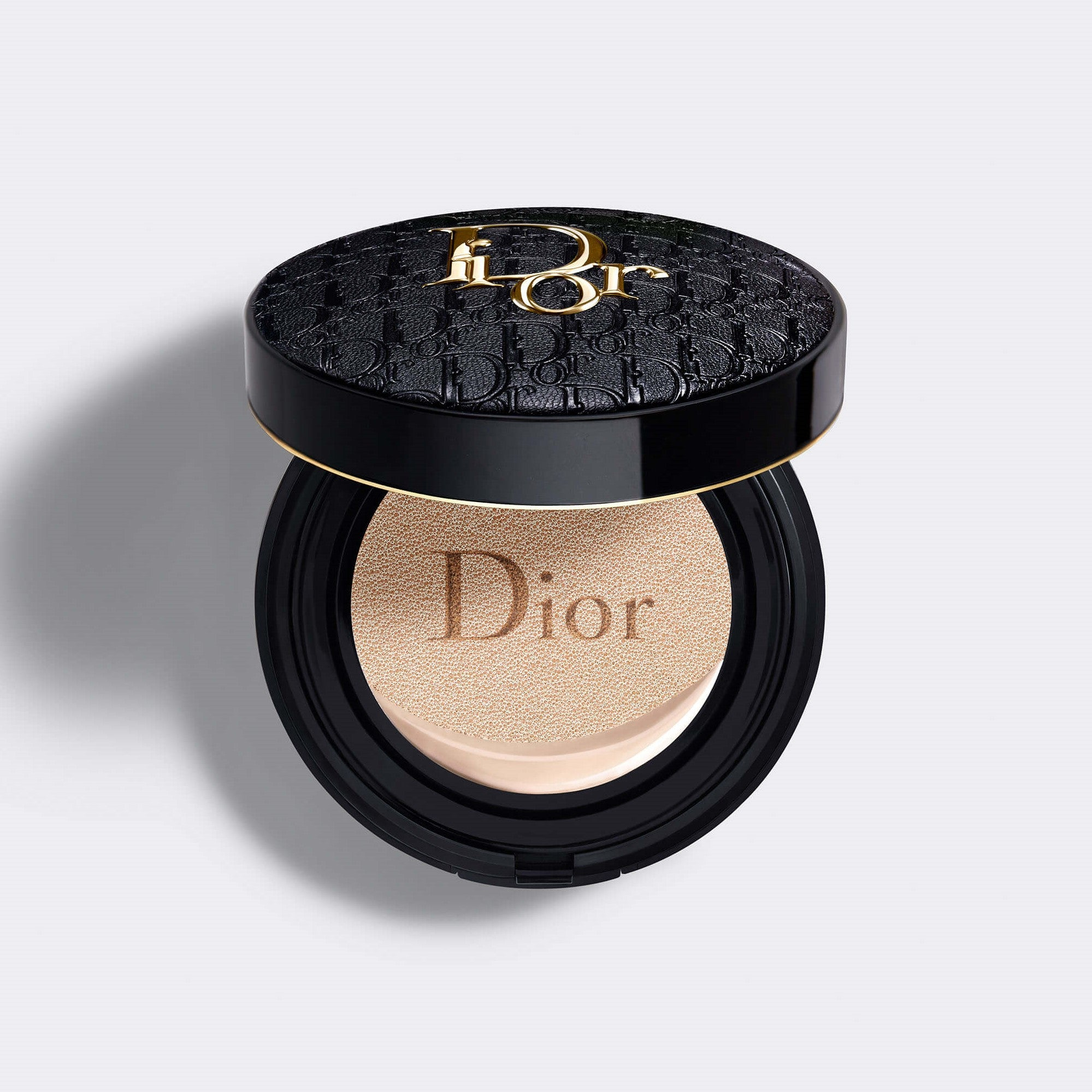 Dior Forever Perfect Cushion | Diormania Gold Limited Edition Cushion Foundation - 24H* Wear Fresh Foundation - High Perfection and Luminous Matte Finish - 24h Hydration**