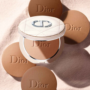 DIOR FOREVER NATURAL BRONZE HEALTHY GLOW BRONZING POWDER | Powder bronzer - healthy glow effect - sun-kissed finish - 95% mineral-origin pigments