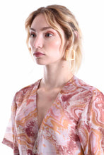 Load image into Gallery viewer, ROSE MARBLE SHORT SLEEVE V SHIRT